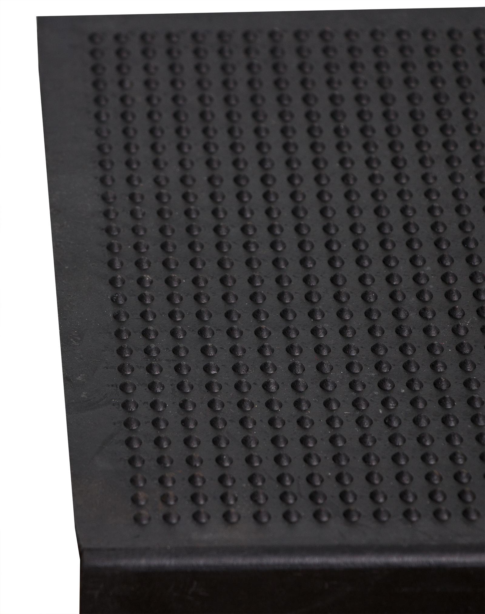 mit Winkelkante 64,5x25cm f/ür Innen- und Au/ßentreppen Treppenmatte Rutschfest BigDean Stufenmatte aus Gummi 5 St/ück